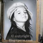Realistichen-Portret-Grafika-s-pastel-01-logo